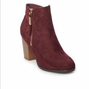 Apt. 9 Women's Ankle Wine Boot. NWB!